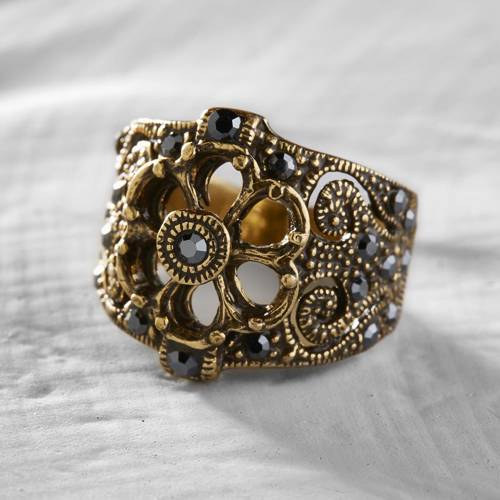 Big ring. Mimo gold