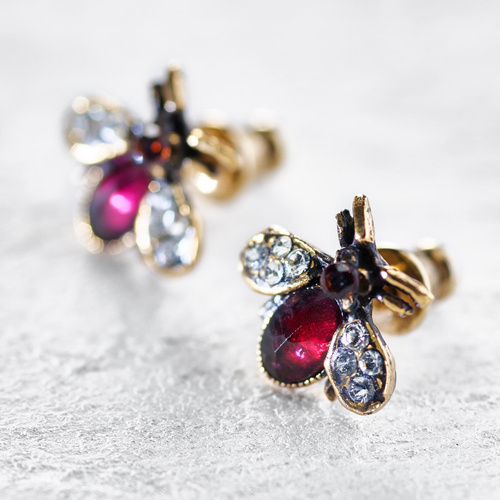 Garnet Flies. Small stud earrings